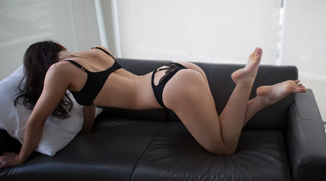 Escorts available in Melbourne Now